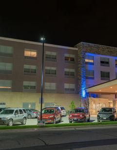 Holiday Inn Express & Stes Louisville N