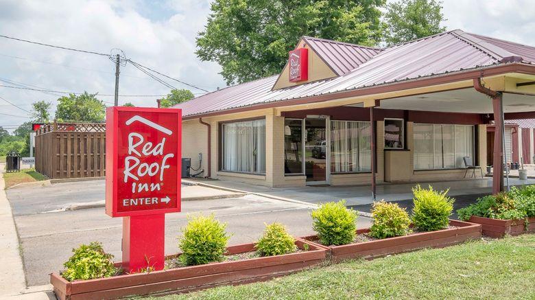 """Red Roof Inn Starkville - University Exterior. Images powered by <a href=""""http://www.leonardo.com"""" target=""""_blank"""" rel=""""noopener"""">Leonardo</a>."""
