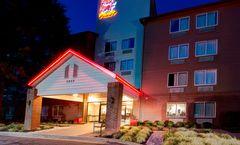 Red Roof Inn PLUS+ Raleigh NCSU Conv Ctr