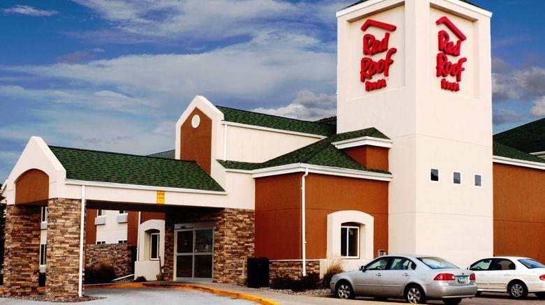 """Red Roof Inn Fargo – 1-94/Medical Center Exterior. Images powered by <a href=""""http://www.leonardo.com"""" target=""""_blank"""" rel=""""noopener"""">Leonardo</a>."""