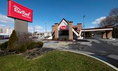 Red Roof Inn & Suites Newark-University