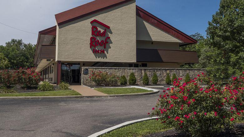 "Red Roof Inn Cincinnati East - Beechmont Exterior. Images powered by <a href=""http://www.leonardo.com"" target=""_blank"" rel=""noopener"">Leonardo</a>."