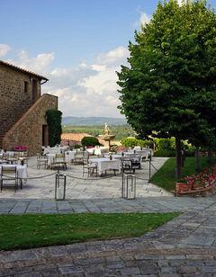 Castello Banfi-Il Borgo