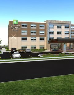 Holiday Inn Express & Suites Watertown