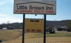 Mohican Little Brown Inn Loudonville