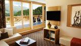 Nira Alpina, a Design Hotel Suite