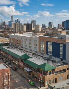 SpringHill Suites Chicago Chinatown