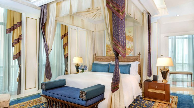 "<b>The Athenee Hotel, a Luxury Collection Suite</b>. Images powered by <a href=""https://leonardo.com/"" title=""Leonardo Worldwide"" target=""_blank"">Leonardo</a>."
