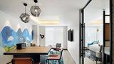Aloft Osaka Dojima Suite