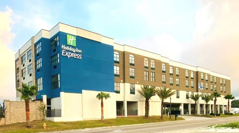 "Holiday Inn Express Gulfport Beach Exterior. Images powered by <a href=""http://www.leonardo.com"" target=""_blank"" rel=""noopener"">Leonardo</a>."