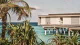 Patina Maldives, Fari Islands Pool