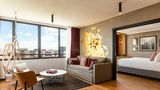 Renaissance Bordeaux Hotel Suite