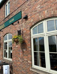 Boat and Horses Inn