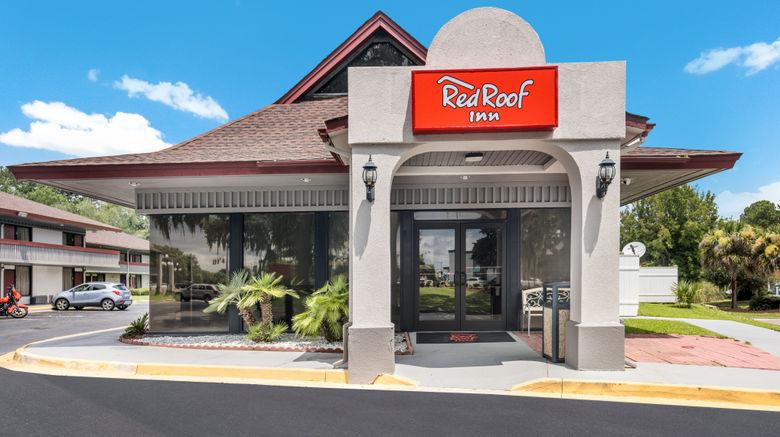 "Red Roof Inn Savannah- Southside/Midtown Exterior. Images powered by <a href=""http://www.leonardo.com"" target=""_blank"" rel=""noopener"">Leonardo</a>."