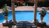 Vineyard Court Designer Suites Hotel Pool