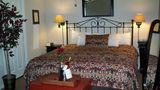 Vineyard Court Designer Suites Hotel Room