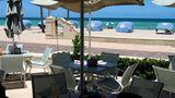 Villa Sinclair Beach Suites & Spa Restaurant