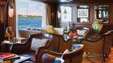 River Tosca Bar/Lounge