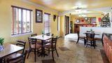 Econo Lodge & Suites Coliseum Restaurant