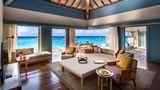 Raffles Maldives Meradhoo Resort Suite