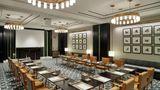 Waldorf Astoria Dubai Intl Finance Ctr Meeting