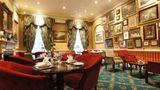 The Leonard Hotel & Residence Restaurant