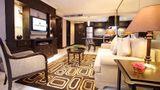 Grand President Apartments Suite