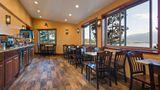Best Western Ptarmigan Lodge Lobby