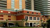 Bahama Sands Luxury Condominiums Exterior