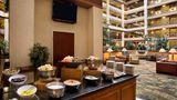 Embassy Suites Lexington/UK Coldstream Restaurant