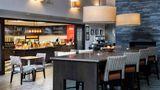 Hampton Inn & Suites Lincolnshire Lobby