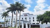 Hampton Inn & Suites By Hilton Exterior