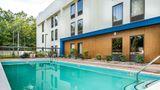 Hampton Inn Waldorf Pool
