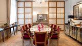 Le Royal Monceau, A Raffles Hotel Meeting