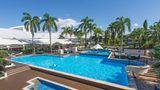 Shangri-La Hotel, The Marina Pool