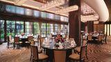 Shangri-La Hotel Bangkok Meeting
