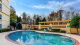 La Quinta Inn & Suites Raleigh Crabtree Pool