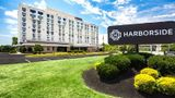 Harborside Hotel Oxon Hill Exterior