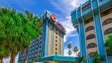 Clarion Inn & Suites Miami Airport Exterior