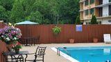 Quality Inn & Suites Laurel Pool
