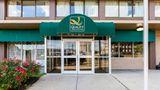 Quality Inn & Suites Cincinnati Exterior
