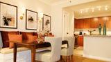 Four Seasons Hotel Houston Suite