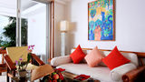 Mom Tri's Villa Royale Suite