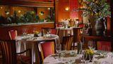 Four Seasons Hotel Shanghai Restaurant