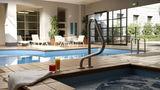 Quest Grand Hotel Melbourne Pool