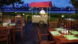 Hotel Ibis Bangkok Riverside Restaurant