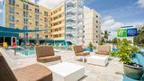 Holiday Inn Express & Suites Nassau Pool