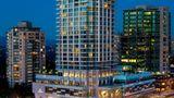 Element Vancouver Metrotown Exterior