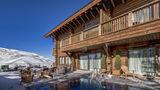 El Lodge Ski & Spa Resort Pool