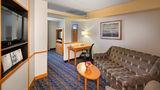 Fairfield Inn & Suites Toronto Suite